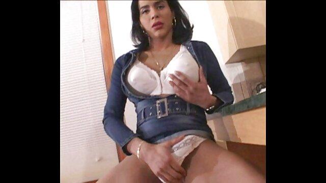 Les anna polina actrice porno dames à gros cul ont des relations sexuelles.