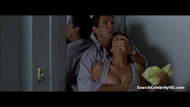 Se reproduit pour film x douche le sexe et baise.